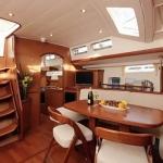 yacht-charter-beneteau-57